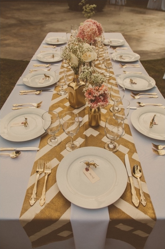 DIY table runner and centerpieces