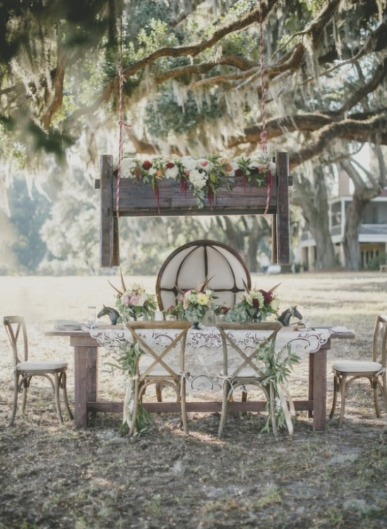 sweetheart table