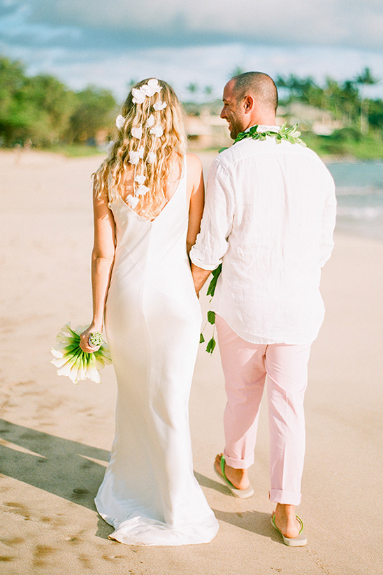 Hawaiian Wedding Ideas | 548 x 823 jpeg 199kB