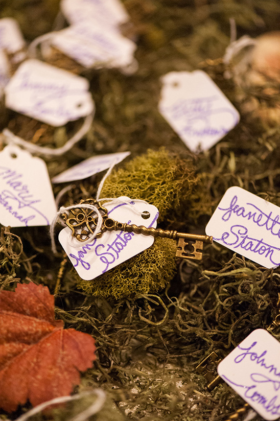 vintage key escort card ideas