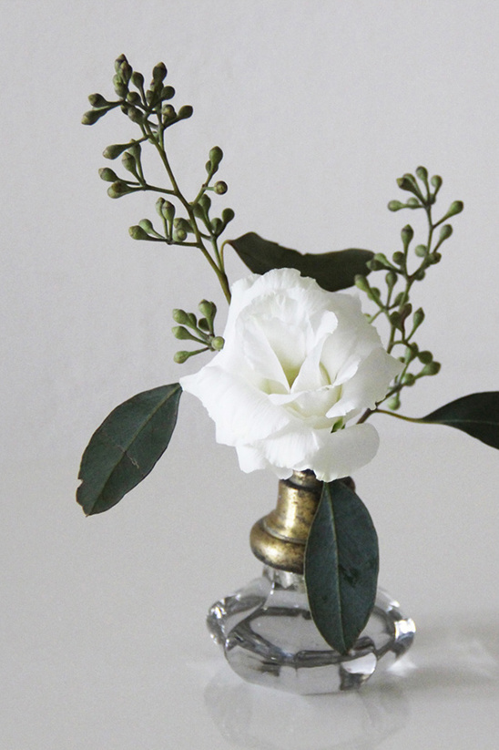 turn your old door knob into a vase
