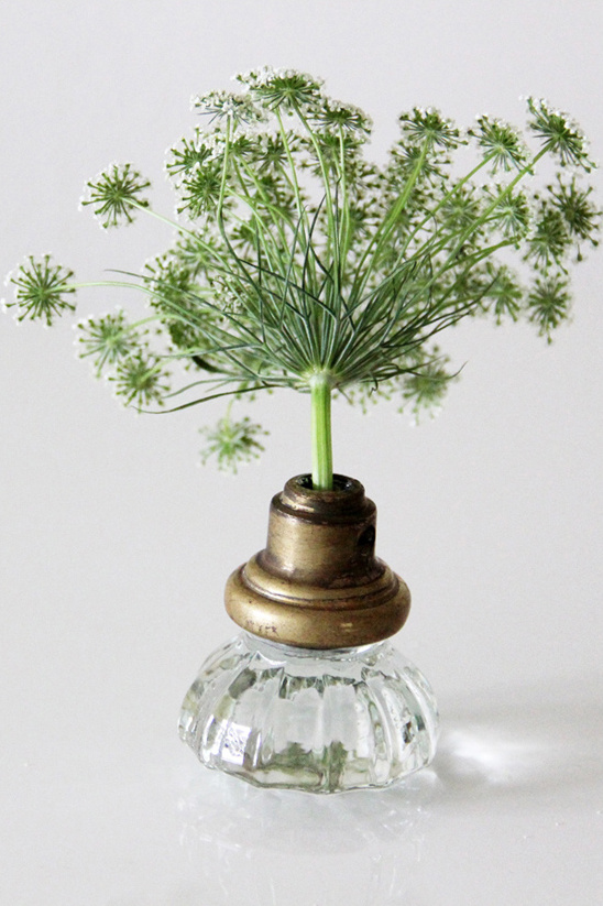 turn your old door knobs into vases