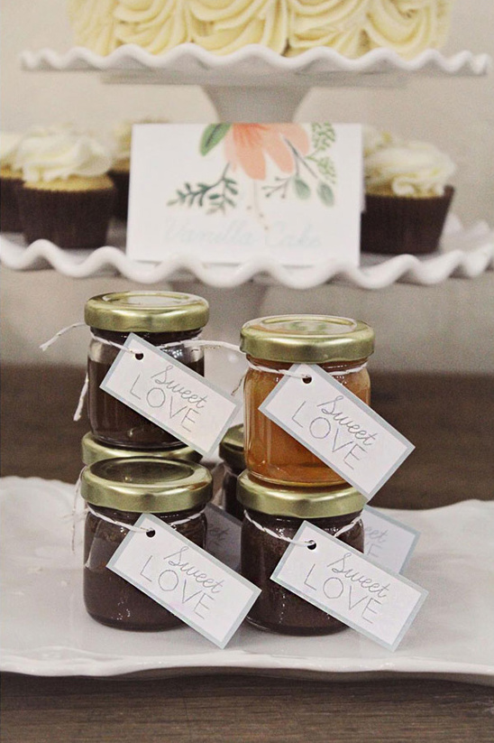 fudge and carmel favors