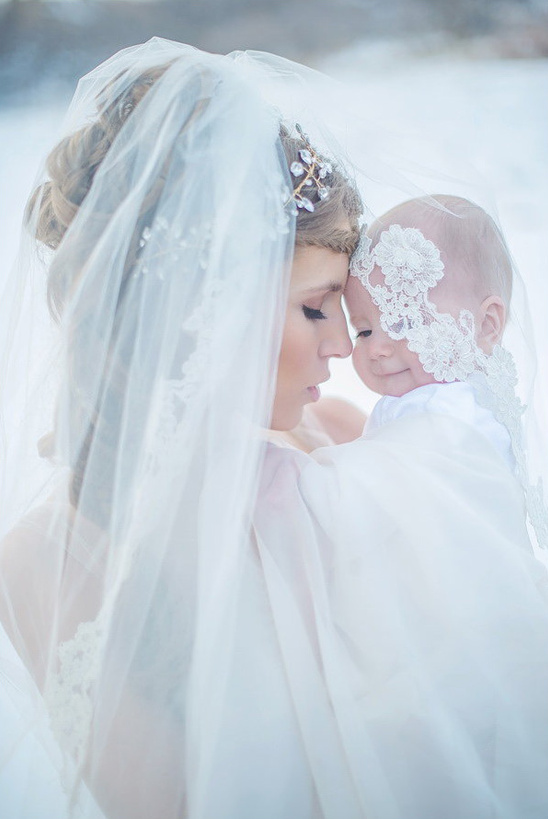 baby and mommy bridal shoot