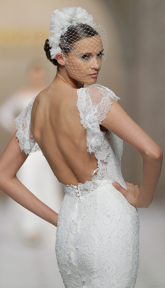 backless wedding gown from 2015 Pronovias