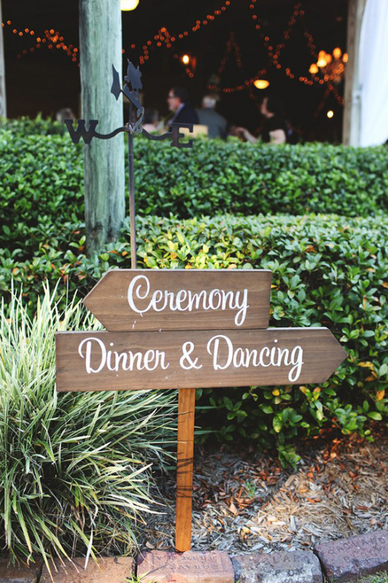 dinner and dancing sign post