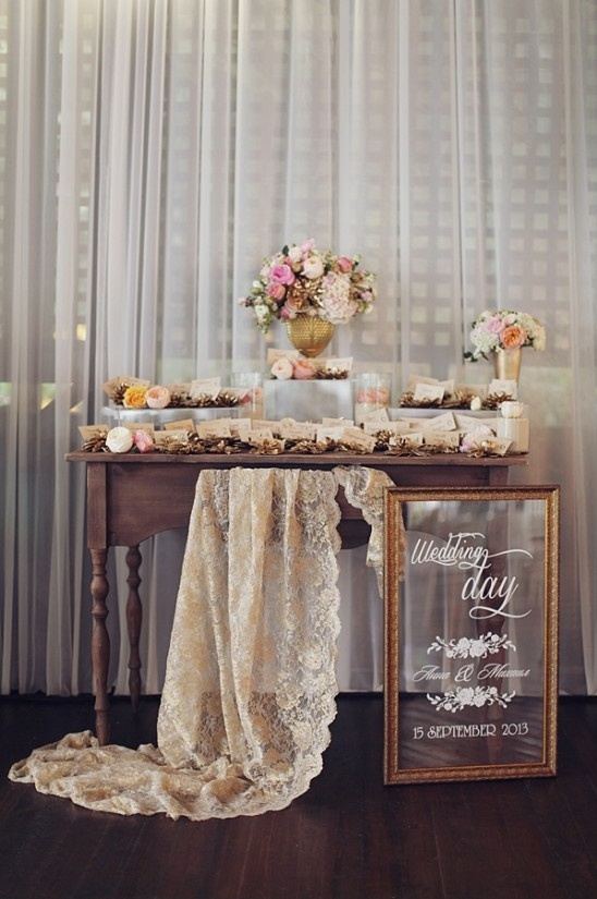elegant escort card station