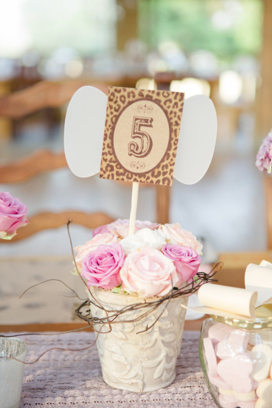 potted flower table number ideas