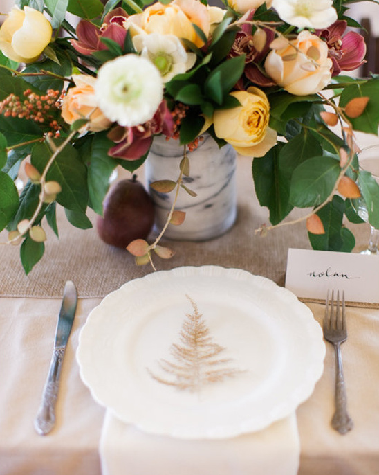 simple and elegant table setting
