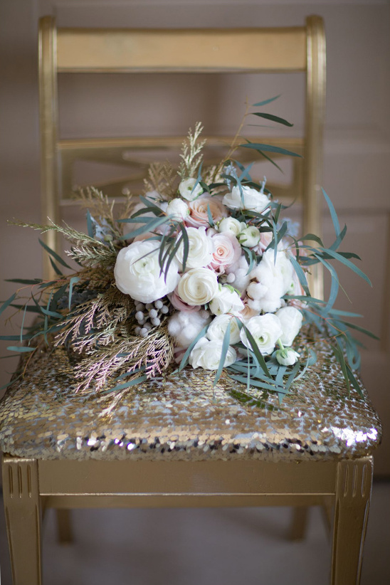 winter white wedding bouquet
