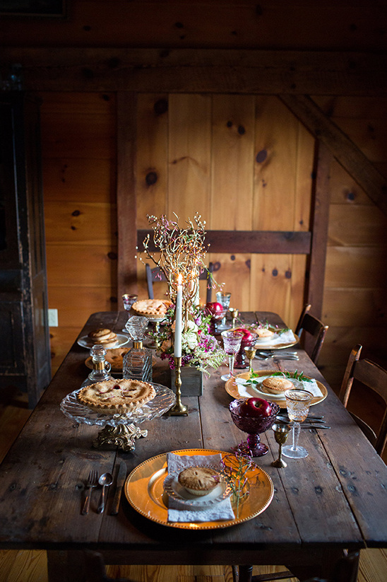 woodland tablescape idea