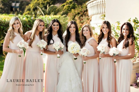 Wedding on trend: Blush and Shades of White