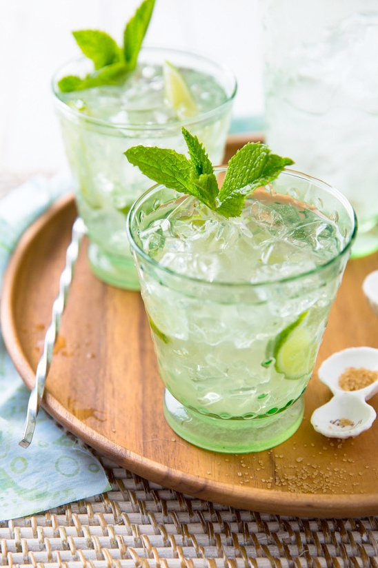 skinny lemon lime sparkling mojito recipe