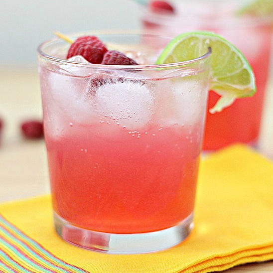 Skinny Raspberry Margarita Recipe