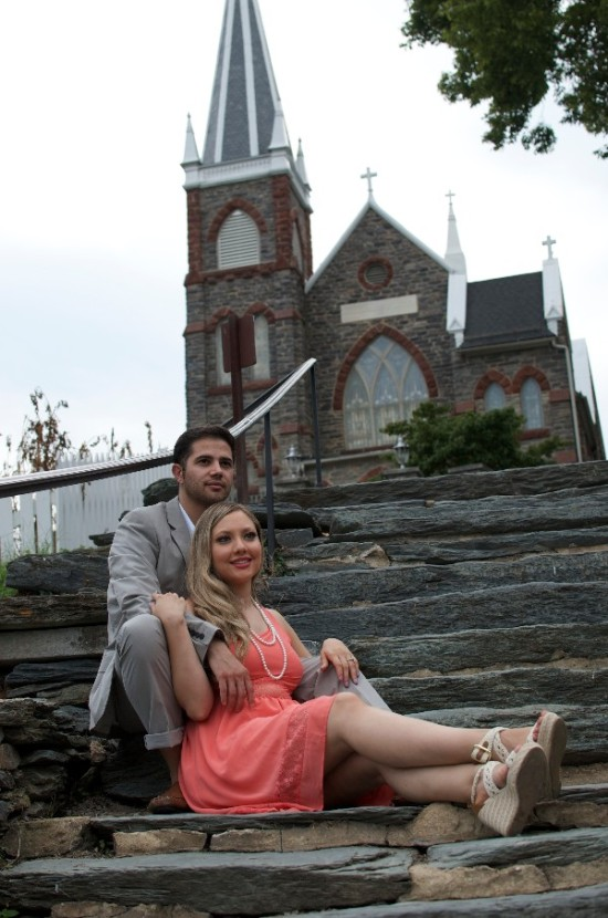 Season's Theme Engagement Photo Shoot: Emmy and Raul, the count-down was begun!