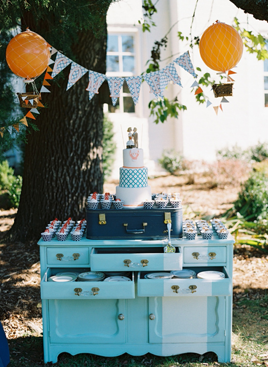 vintage blue cake display