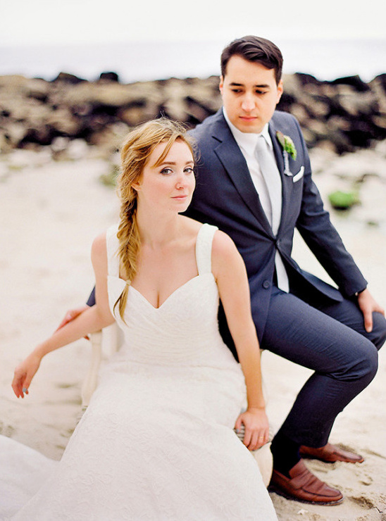 relaxed beach wedding looks