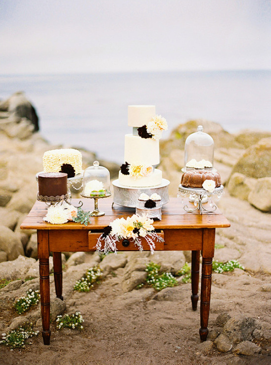 brown and cream cake table display