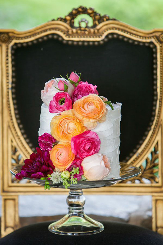 pink and peach wedding worthy cake