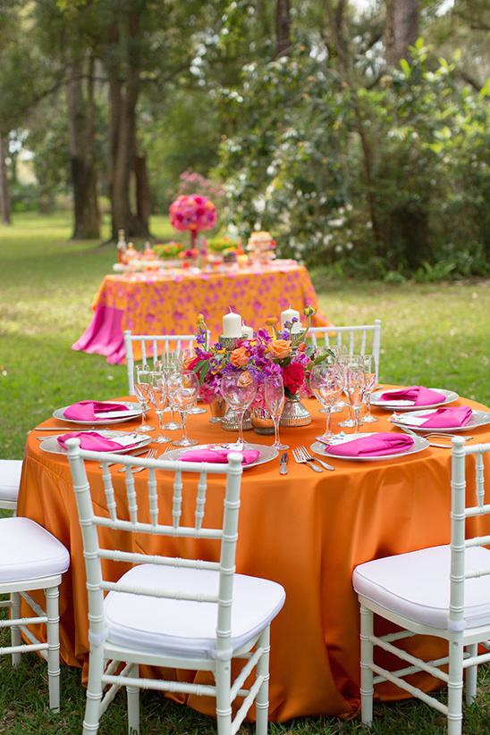 bright and bold wedding decor