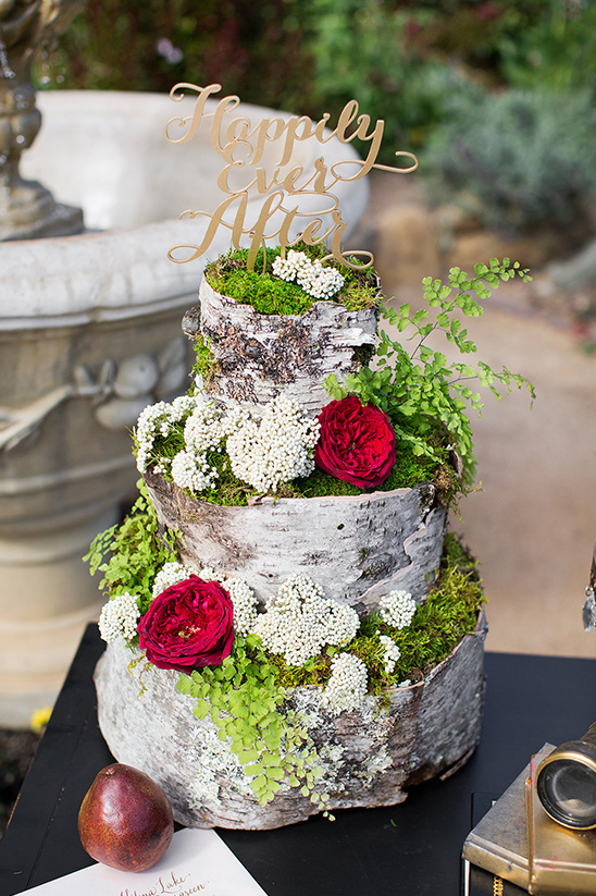 wood inspired wedding cake