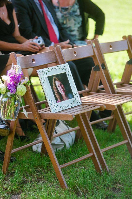 memorial seat for the mother of the bride