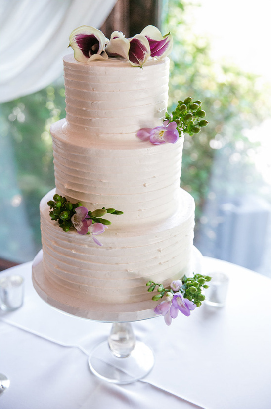 bakeries for wedding cakes regal wedding in royal purple 11022