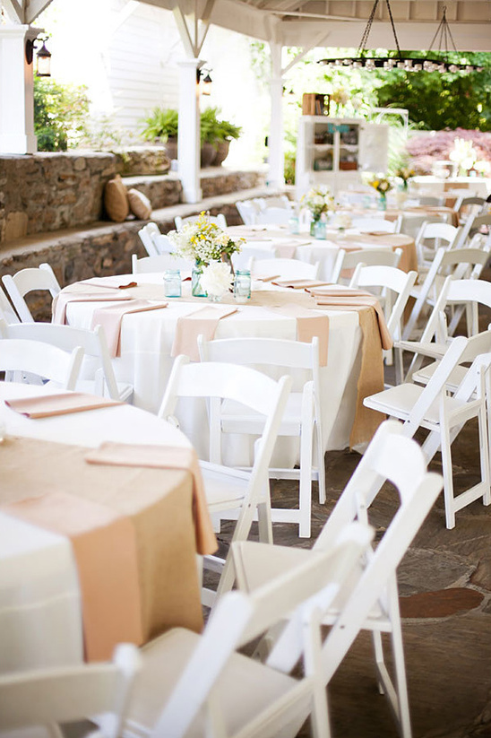 pastel and burlap reception