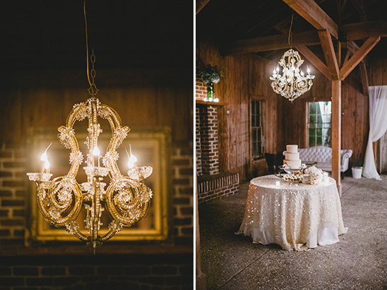 chandeliere lit cake table