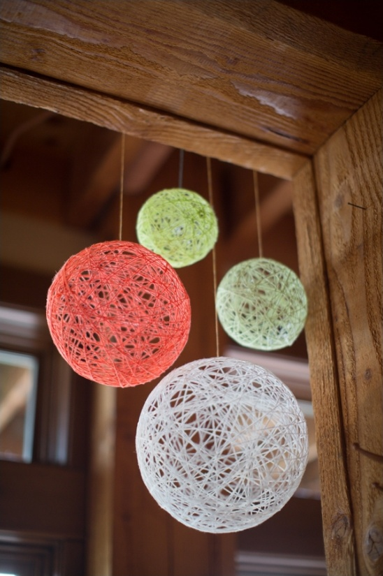 diy yarn ball decorations