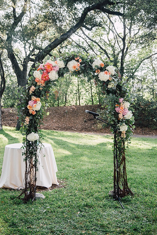 flowers for wedding arch garden wedding at descanso gardens 4269