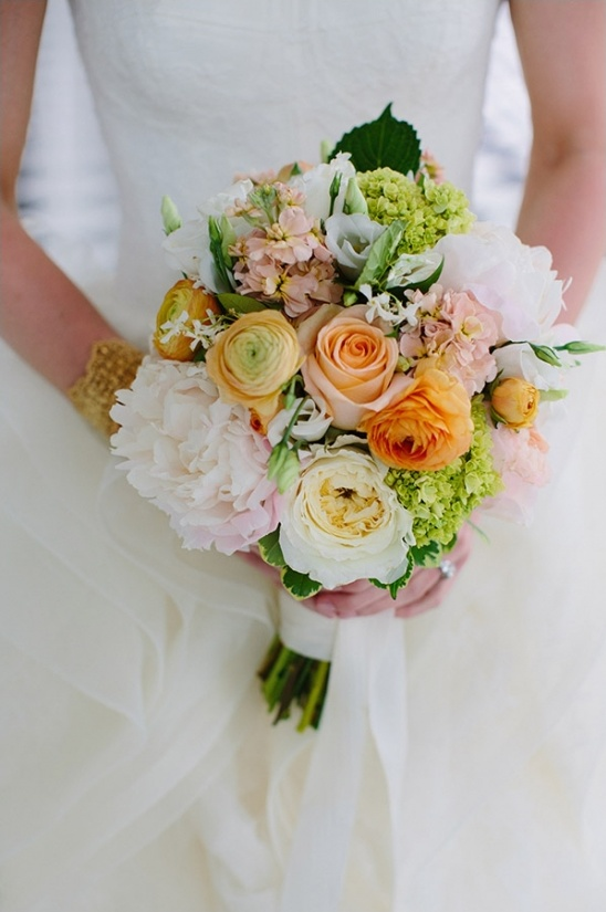 peach and cream wedding bouquet
