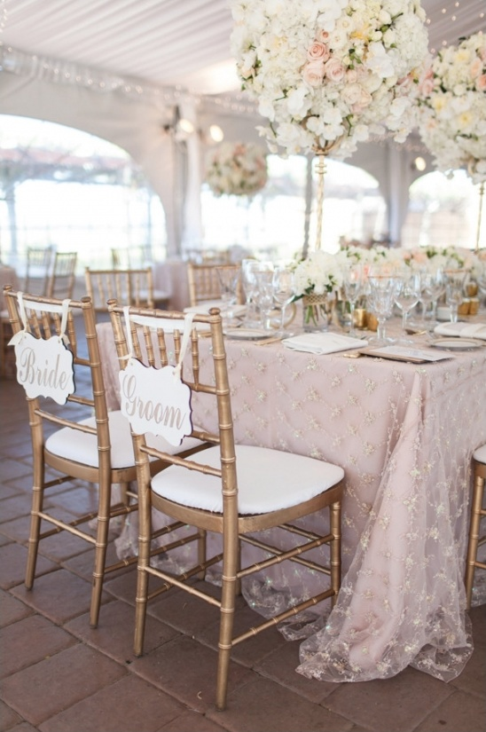 gorgeous light pink and white floral decor ideas