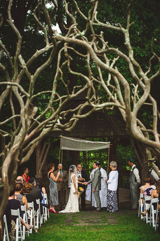 twisted branch aisle arch