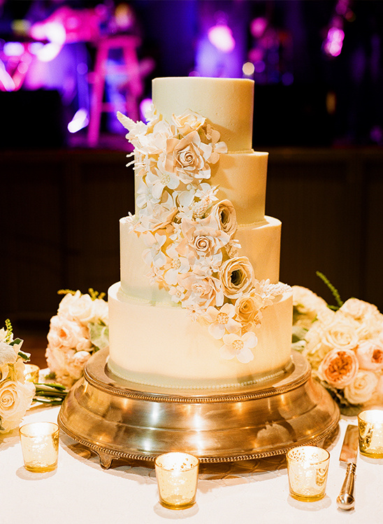 elegant cream wedding cake