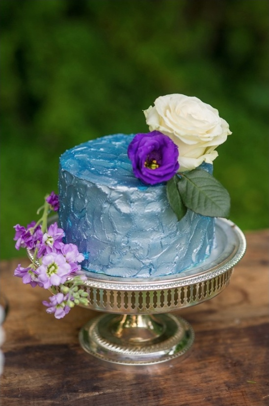 matalic blue cake from Sweets by Millie