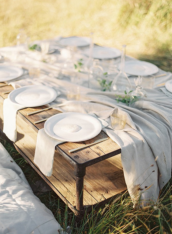 seaside reception table ideas