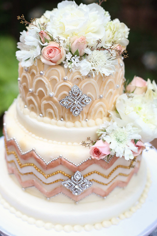 peach and blush textured wedding cake