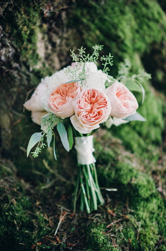 blush and white big bloom bouquet