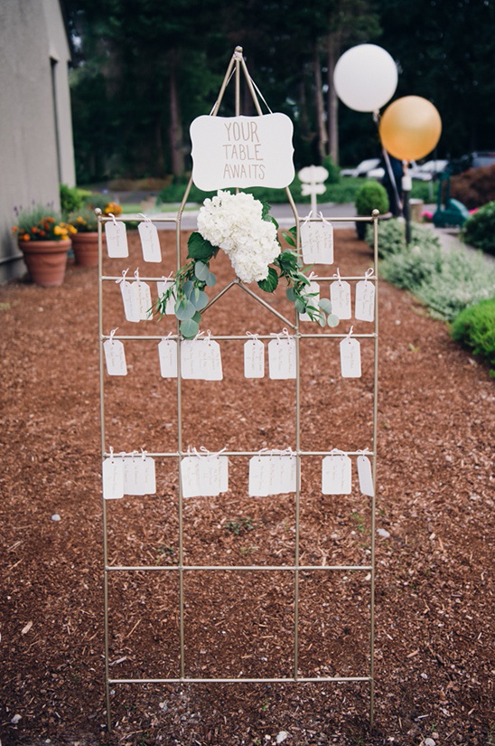 seating chart trellis idea