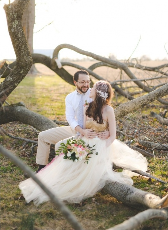 fallen tree couple portraits