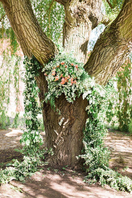 rose and ivy wedding backdrop garland