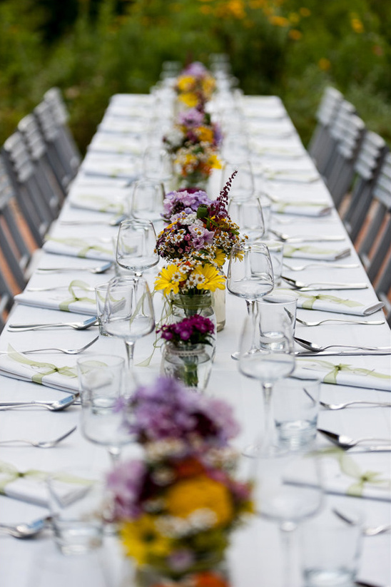 wild flower table centerpieces