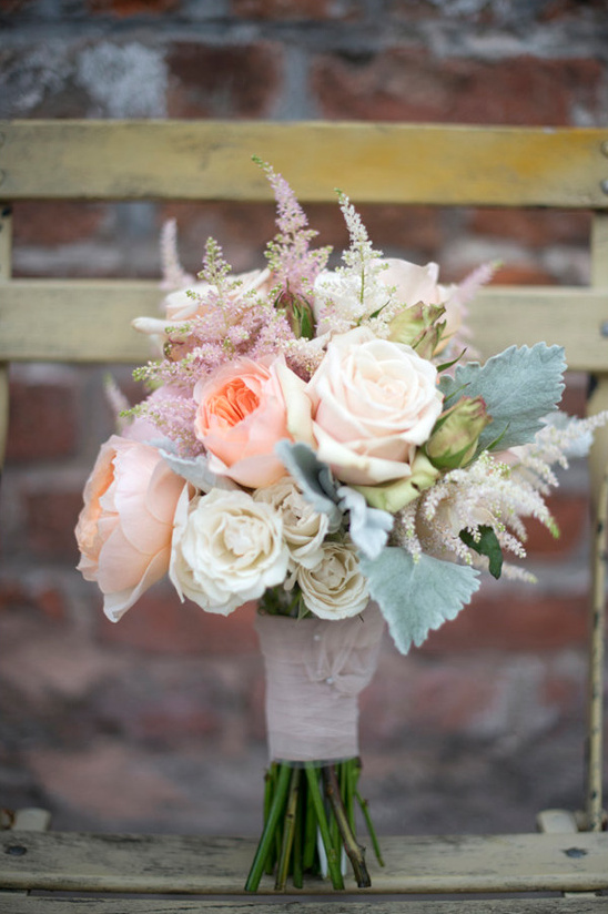 peach and white bouquet by Poppy & Mint