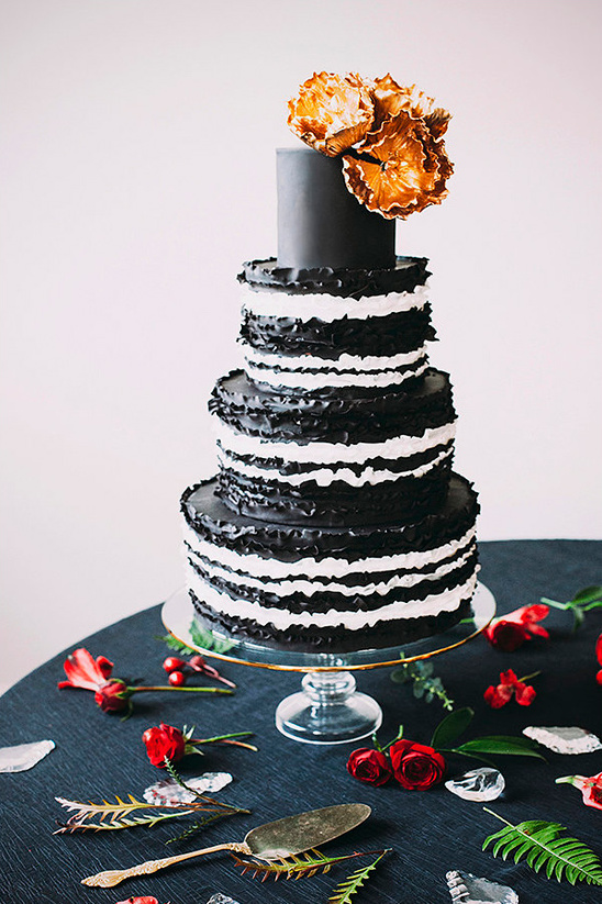 black and white cake from Laugh Love Cakes