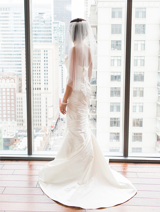 bridal portraits with a view