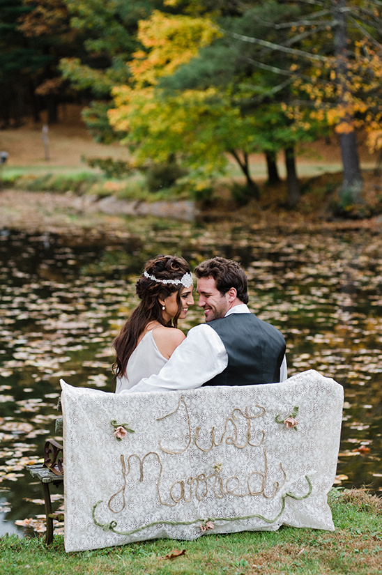 handmade just married sign