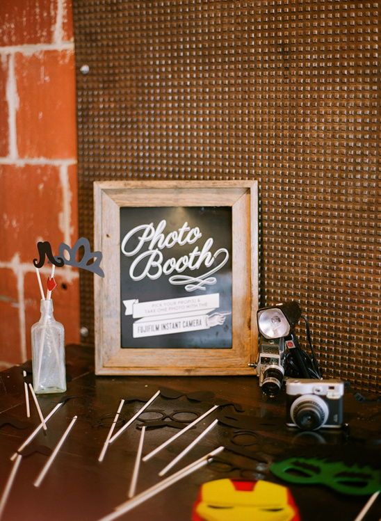 photobooth sign and props