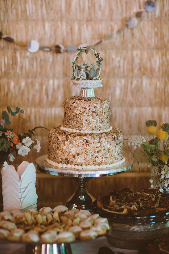 almond wedding cake