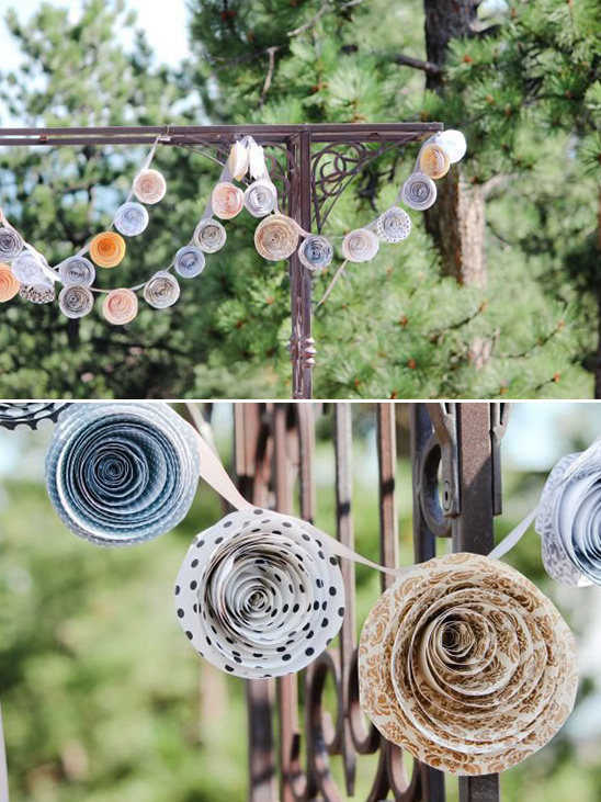 diy rolled up paper flowers
